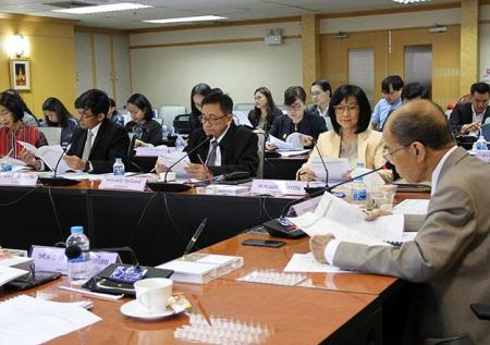 การประชุมคณะกรรมการพัฒนาระบบการประเมินคุณภาพการศึกษาระดับอุดมศึกษา (กพอ.) ครั้งที่ 4/2561
